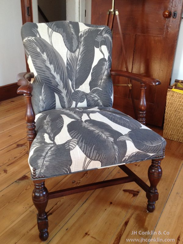 Arm chair upholstered Mullica Hill