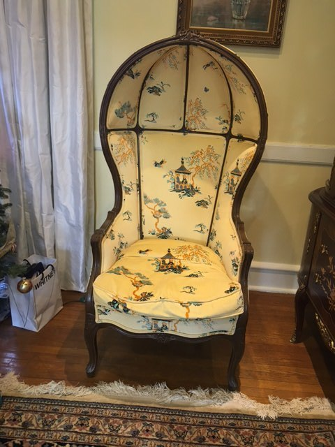 porters chair before upholstery