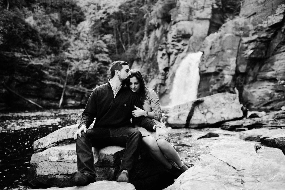 linville_falls_engagement_session_1205.jpg