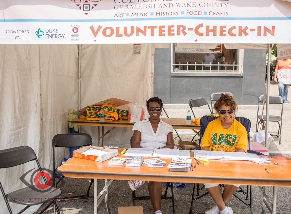 Volunteer table8.jpg