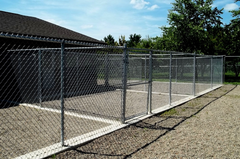 Private Outdoor Kennels