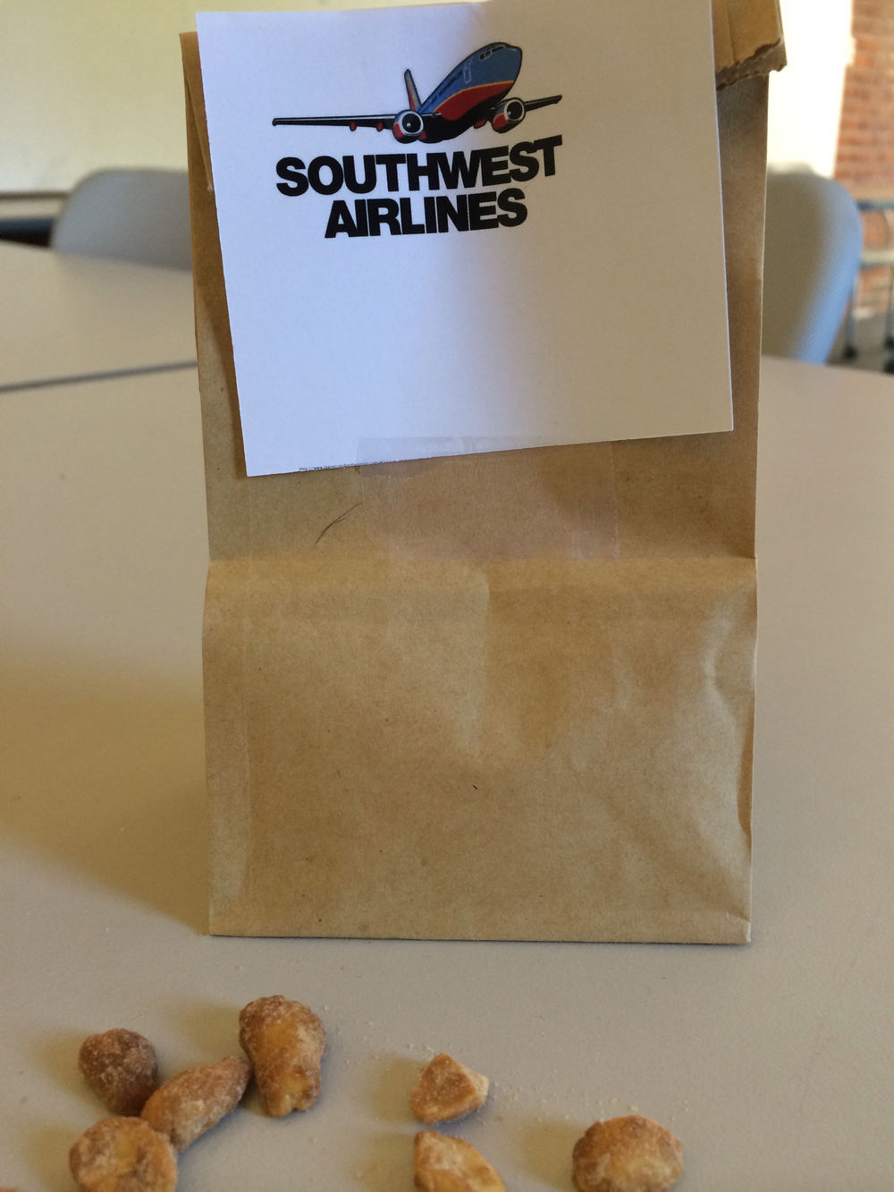 On brand, a small bag of honey roasted peanuts was provided to the judges to have some fun during the pitch.