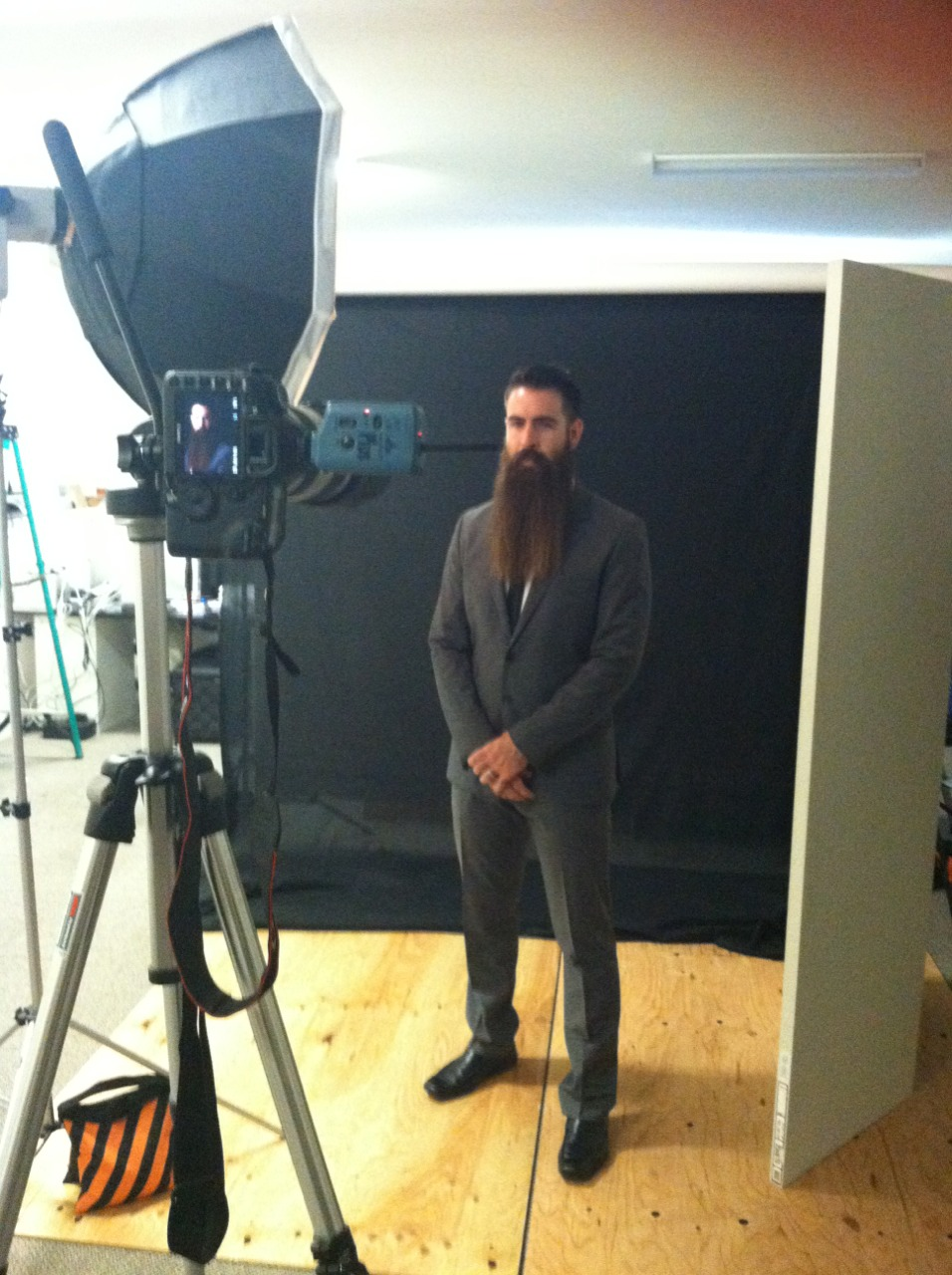 Happy Wednesday!    Here's a behind the scenes photo of my shoot today with Incredibeard.  More photos to come soon!