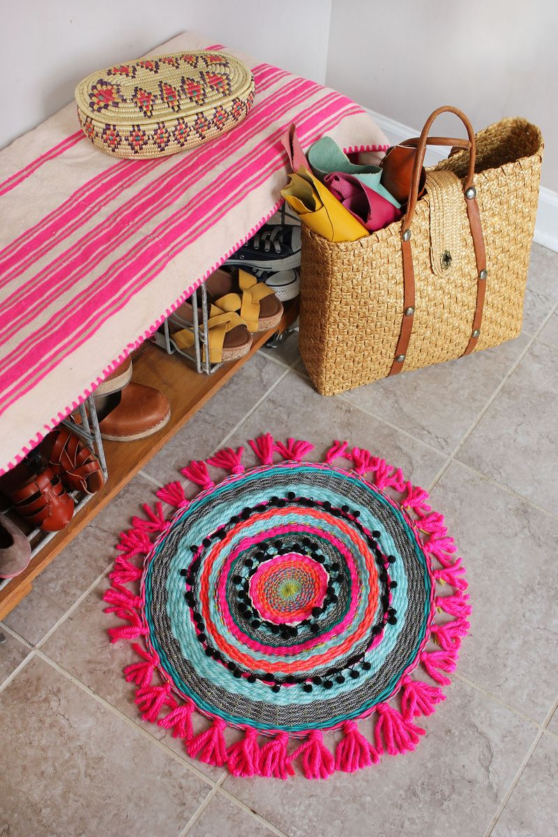 Woven circle mat DIY | A Beautiful Mess