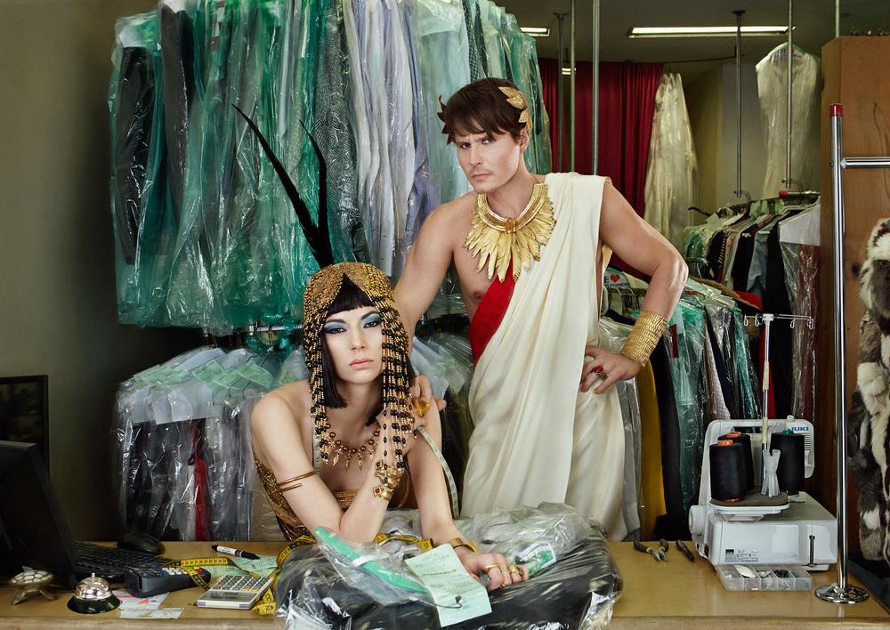Cleopatra_Caesar_SHOT1_0163_06.jpg