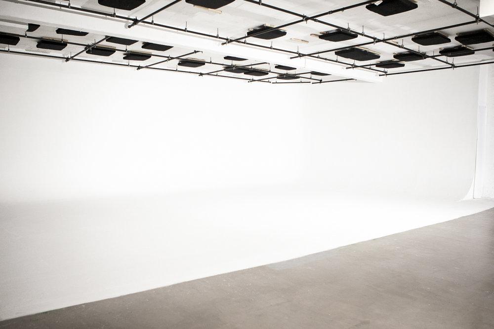 soundstage-cyc-film-studio-nyc.jpg