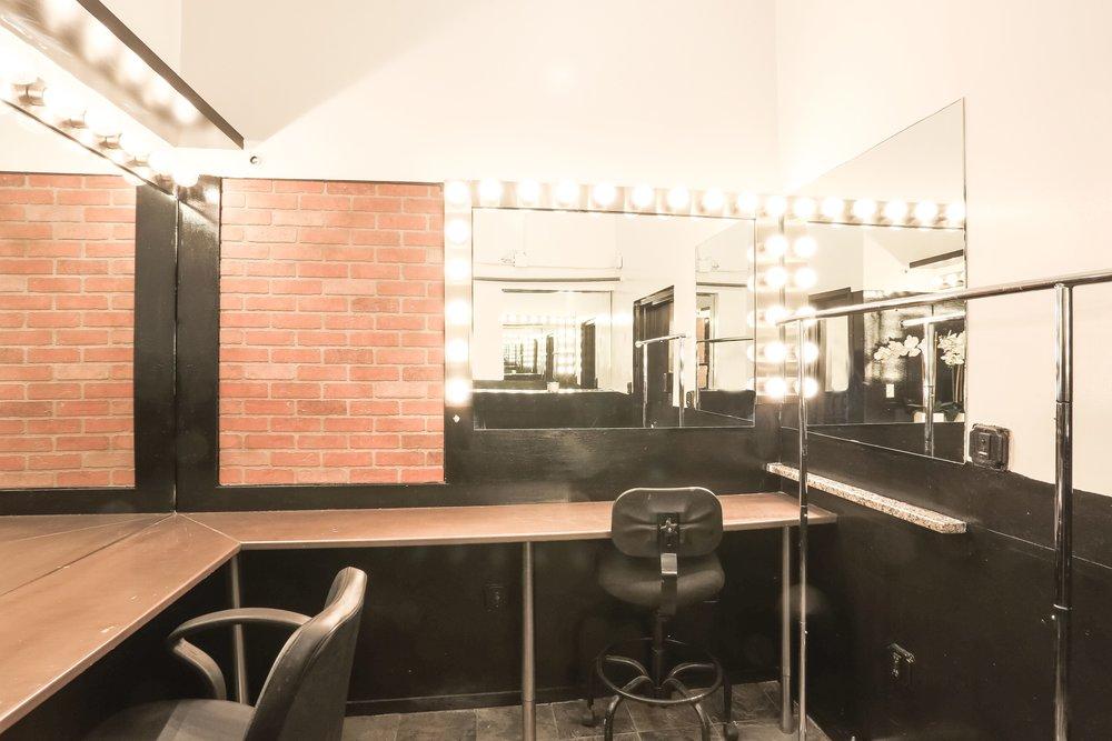 Makeup room.jpg