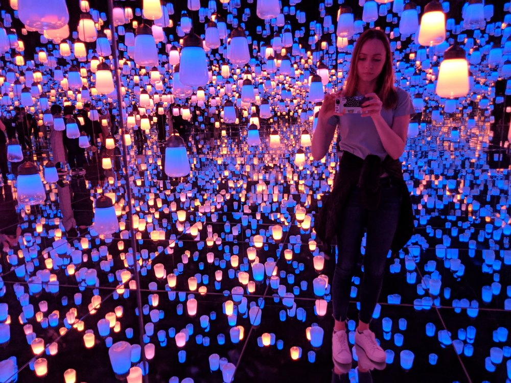Wandering through  teamLab Borderless  in Tokyo