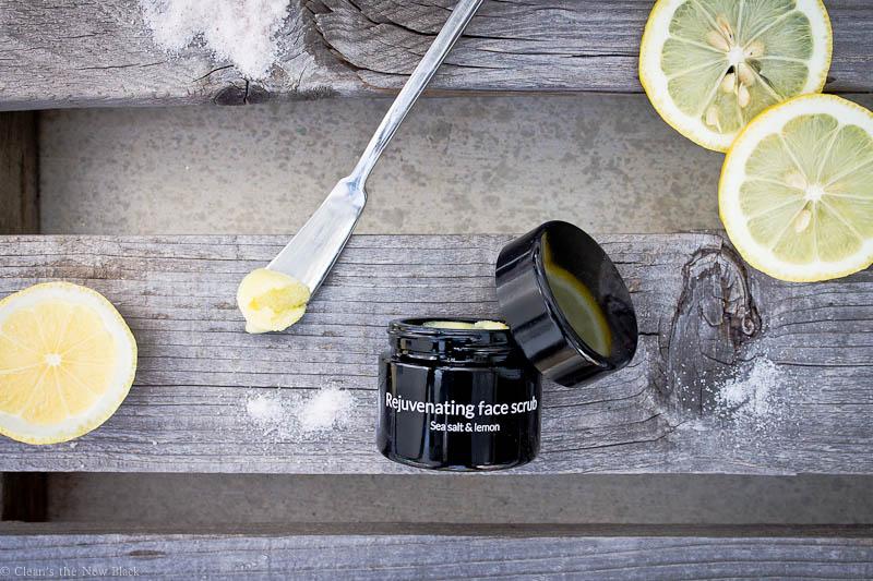 Rejuvinating Face Scrub Sea salt and lemon