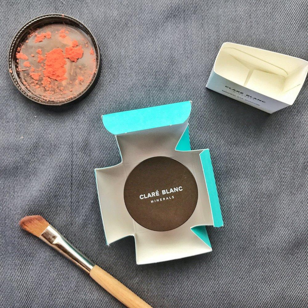 Clare Blanc Luminizing Powder Flourish review
