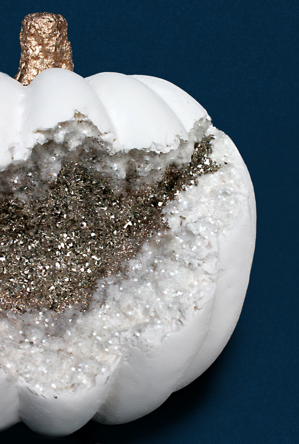 Sugar & Gold | Gold and White DIY Geode Pumpkin