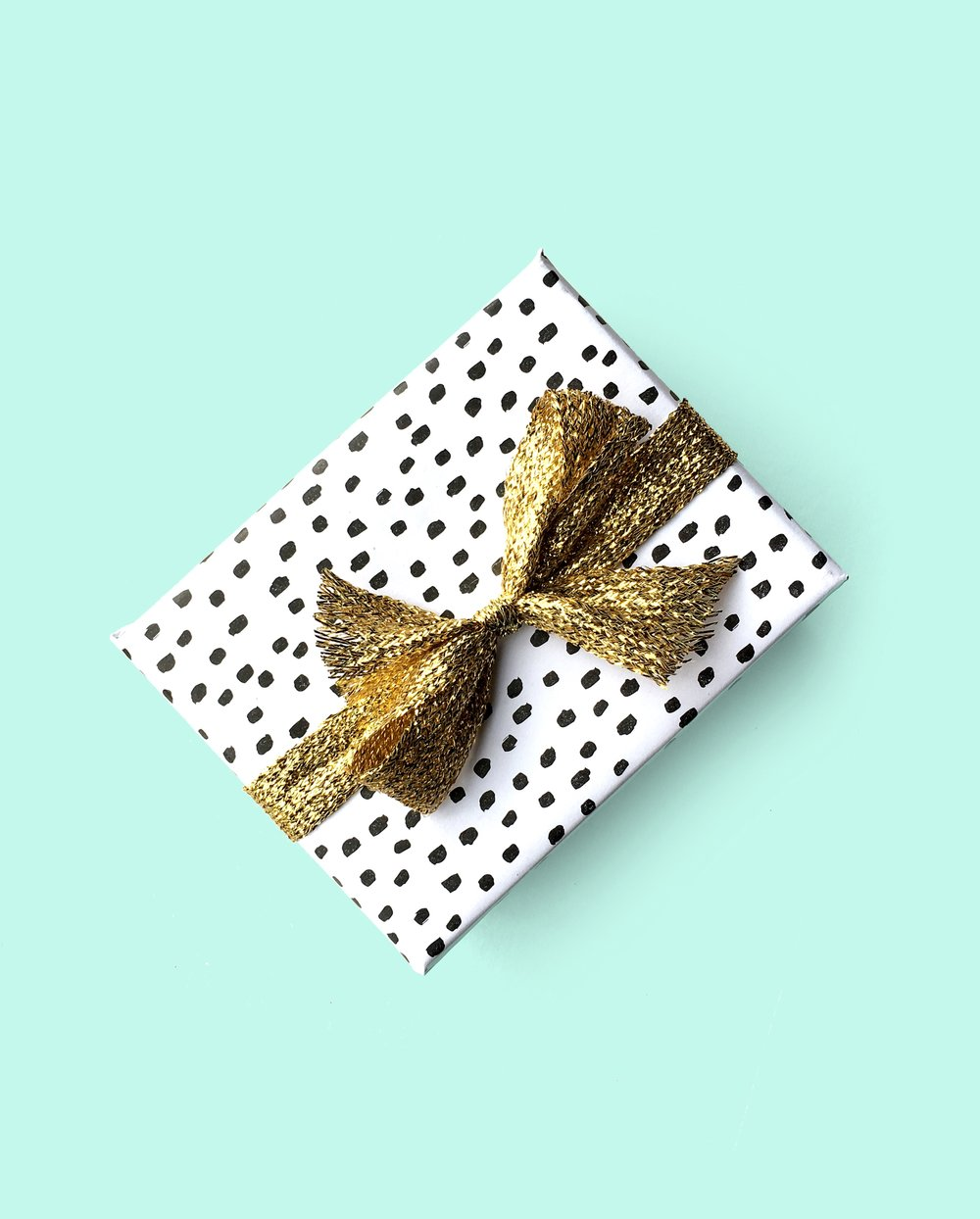 Sugar & Gold | Polka Dot Giftwrap