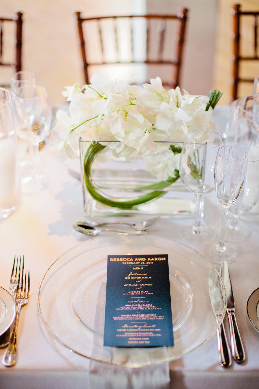 modern minimalist centerpiece wedding