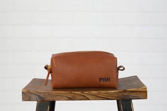 personalized travel bag by Felix Street Studio - etsy.com