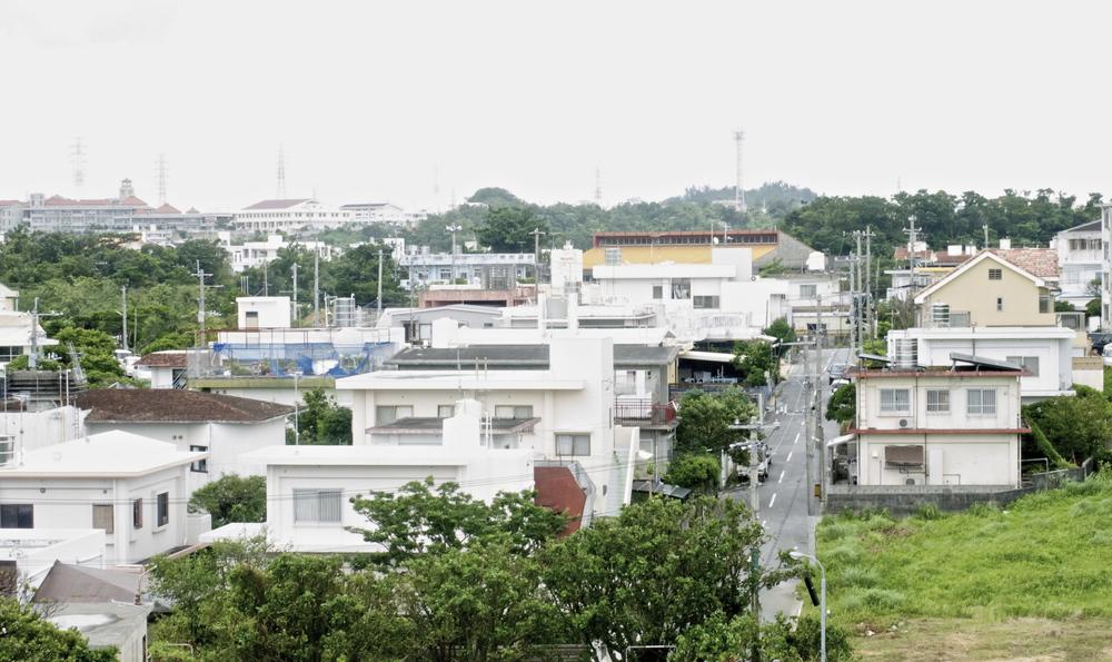 okinawa neighborhood.jpg