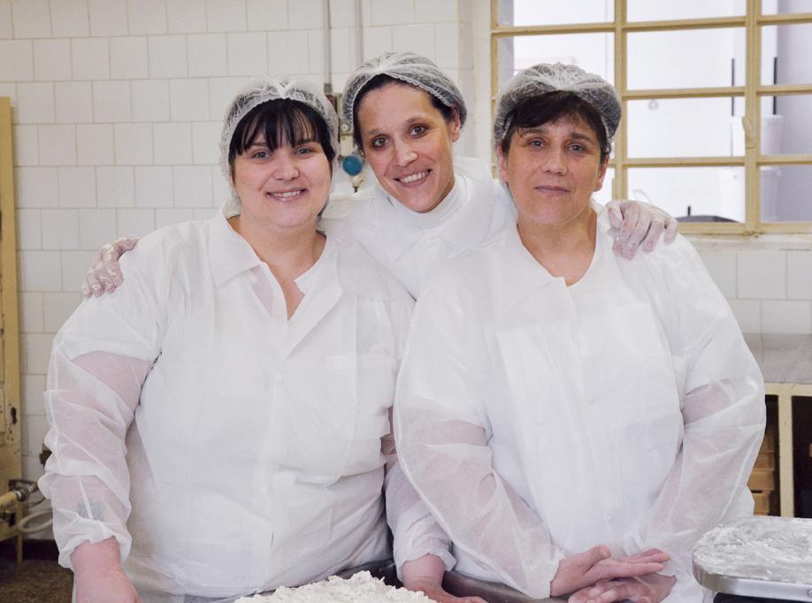 RIVOLTINI SISTERS    Silvia, Monica, Cristina