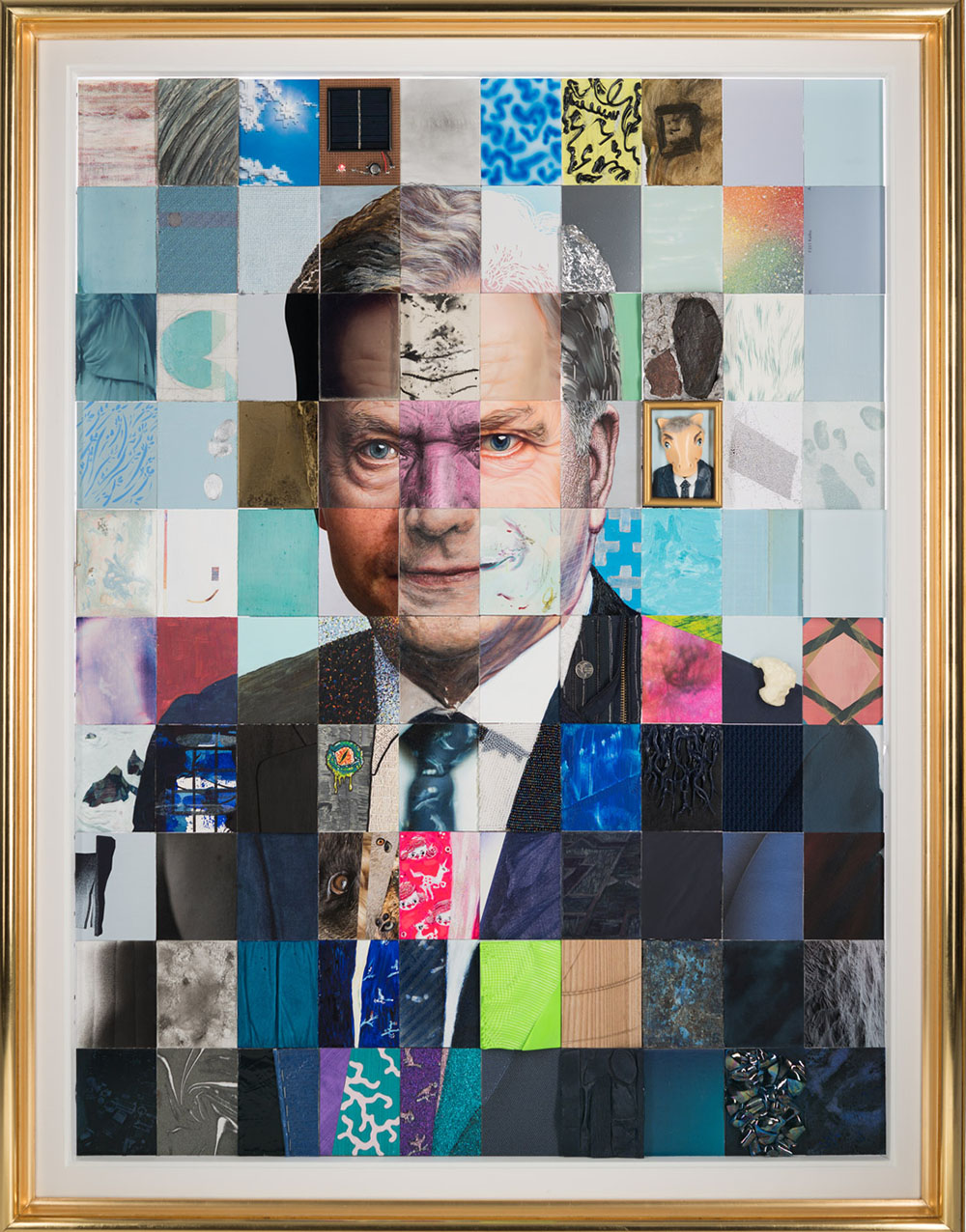 Suomen Tasavallan presidentin Sauli Niinistön muotokuva, yhdessä 100:n taiteilijan kanssa /  The Portrait of the President Sauli Niinistö of the Republic of Finland, together with 100 artists  2018  Valtioneuvoston kanslian kokoelmat / The Collection of The Prime Ministers Office Finland