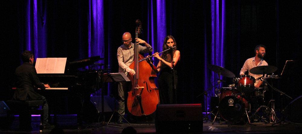 mara-toro-group-en-el-teatro-el-albitar---aie-jazz-en-ruta---25518_40580887670_o.jpg