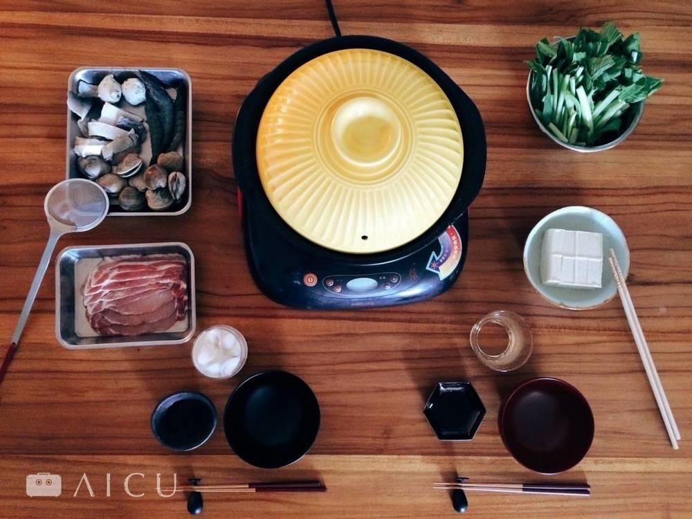 吃火鍋時,特別是海鮮料,小撈杓就派上用場。