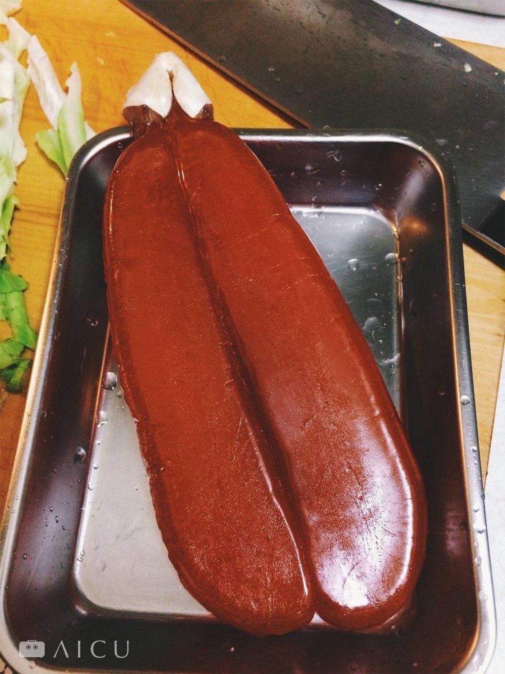 阿禾師六兩烏魚子,用最原味的方式料理,就吃得出最簡單的好味道。