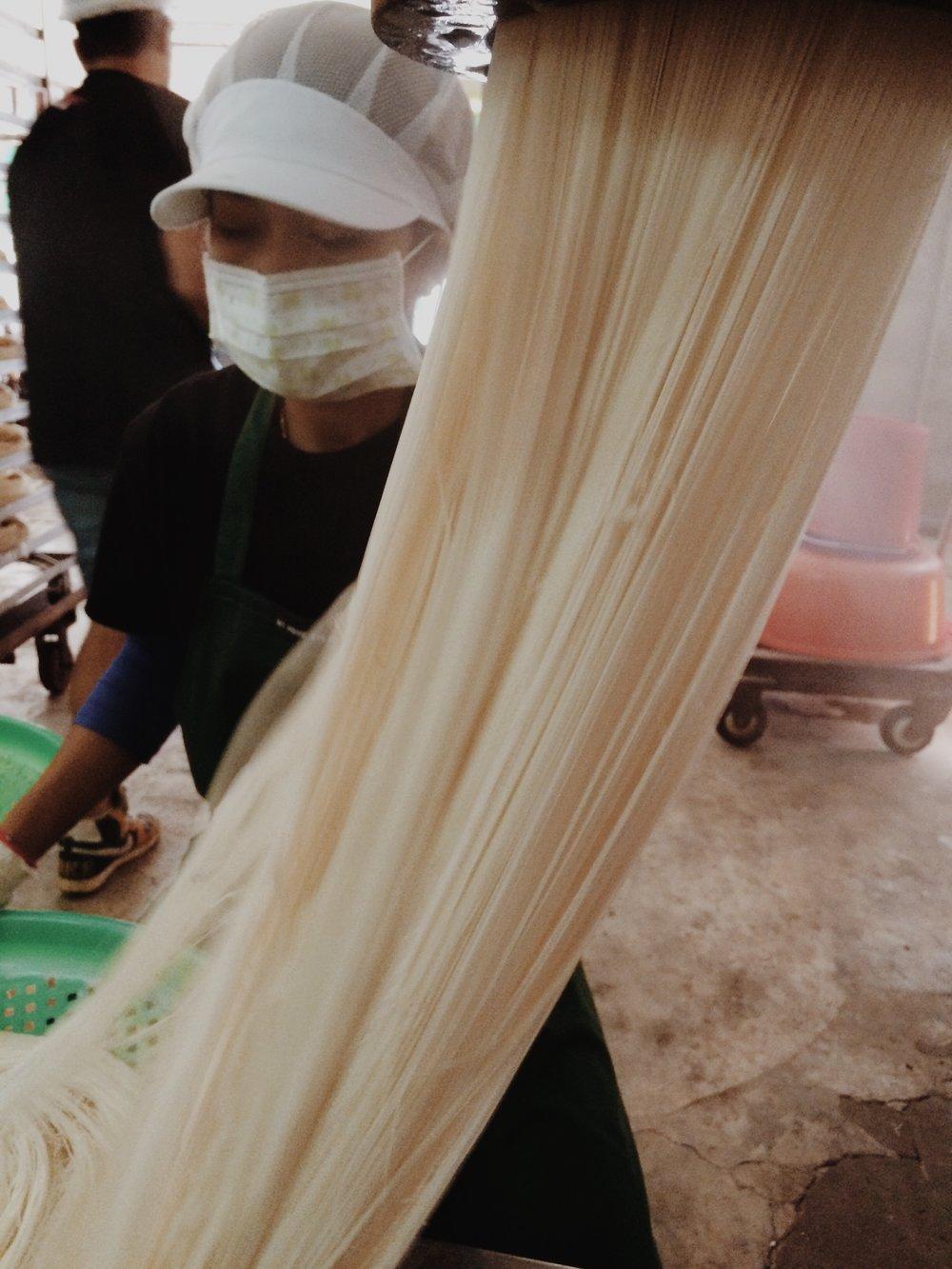 新竹|聖光牌永盛米粉 - 無需提前泡軟,100%的純米米粉。