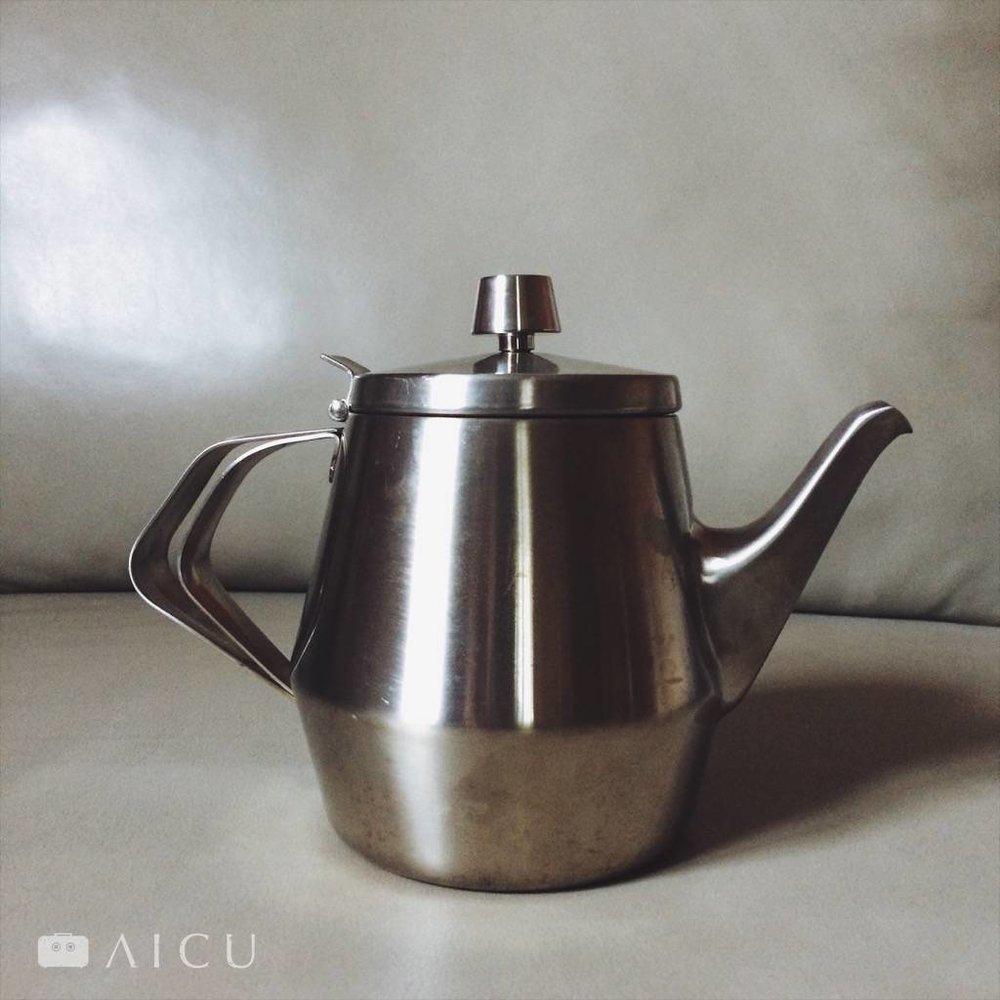 18-8直火加熱不鏽鋼茶壺 - 五人份900cc