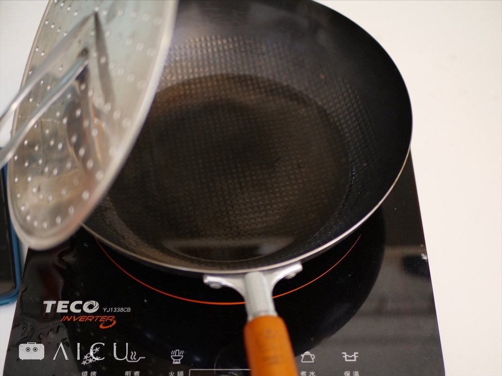 蒸完還留有相當多水量,因此無需過度擔心蒸發完畢變空燒。