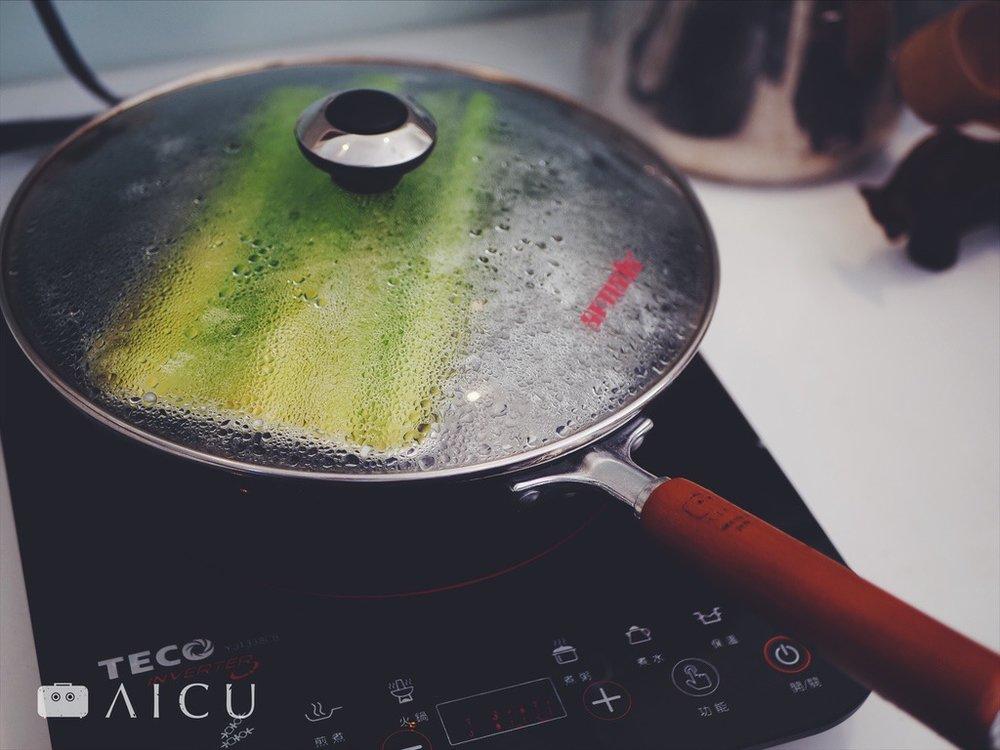 神器鐵鍋外掛不鏽鋼蒸盤