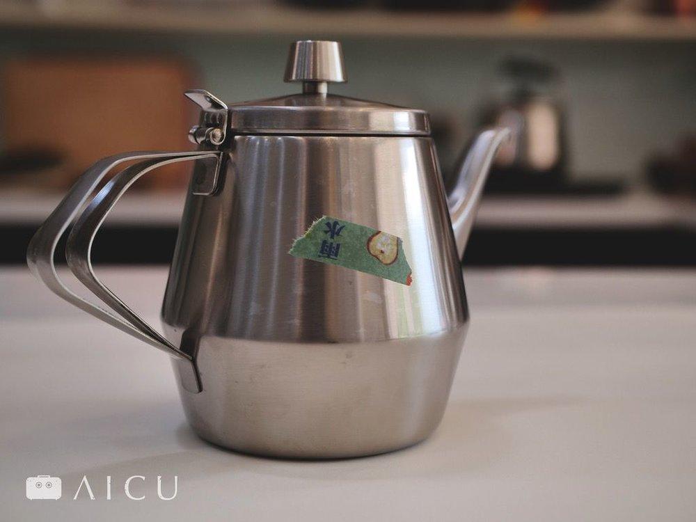 茶壺01.jpg