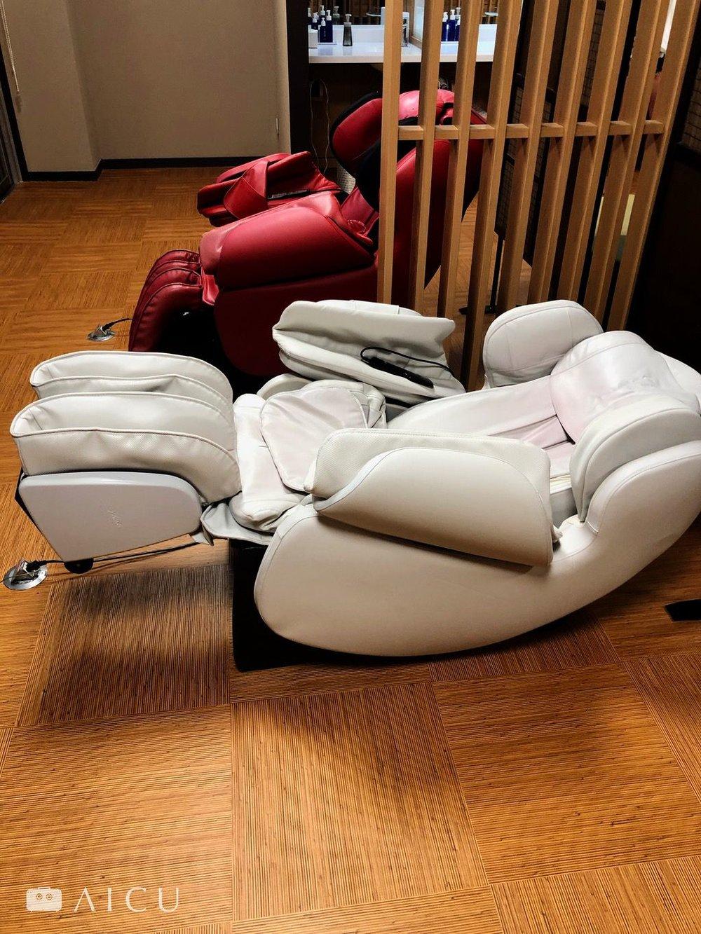 泡完澡再來坐個按摩椅是plus的享受