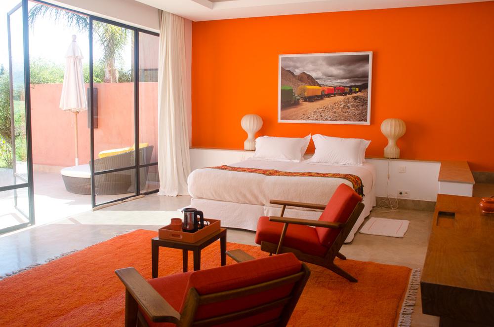 Azaren-OrangeCabin-7.jpg