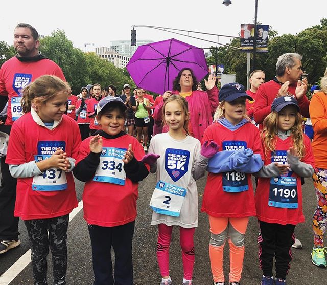 So proud of Gigi and her pals for participating in the incredible @theplaybrigade 5K this rainy morning! Everyone wins when Everyone is Included. Thank you @dawnaroo. You are the 💣!!!