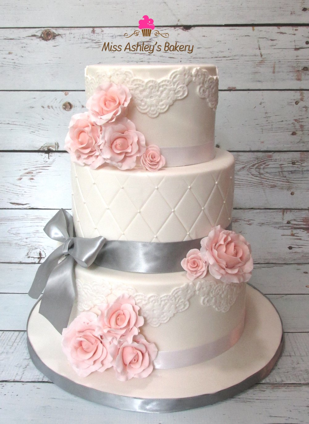 Wedding Cake(Grey Pink).jpg