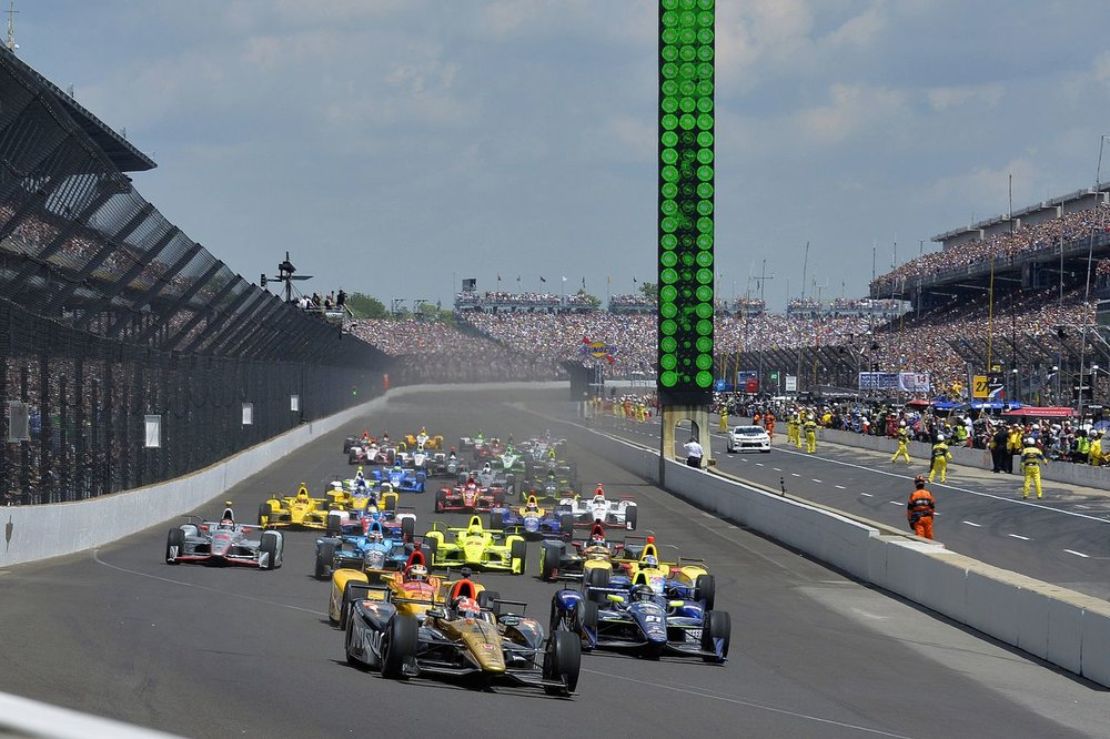 Indy 500 start.jpg