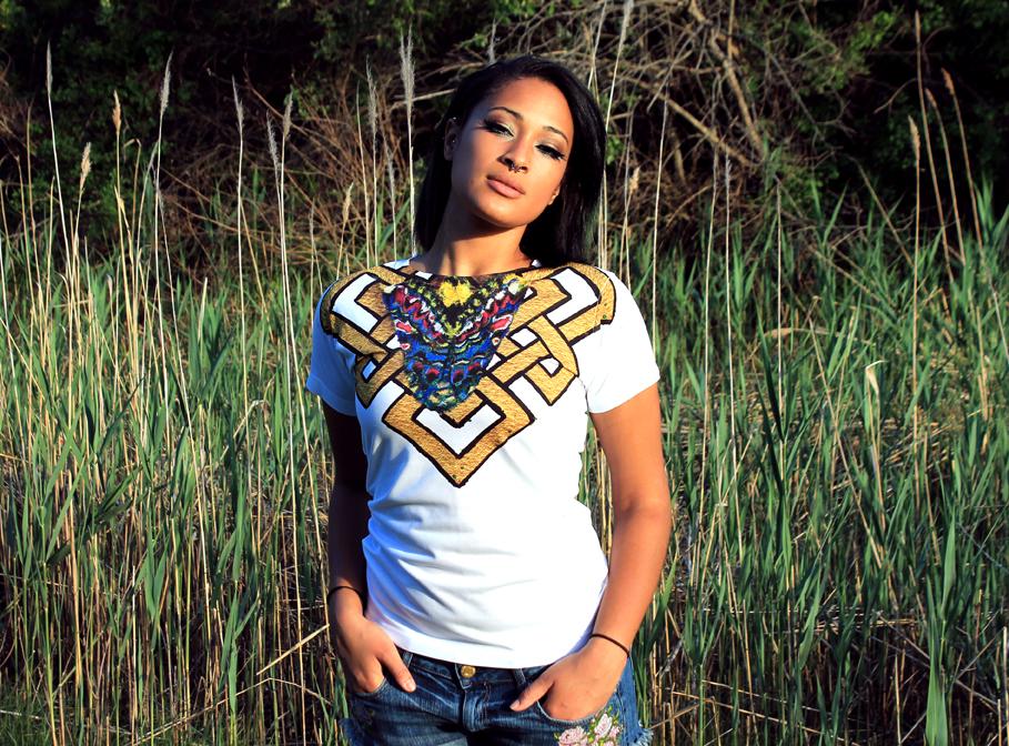 Moth shirt Dee 72.jpg