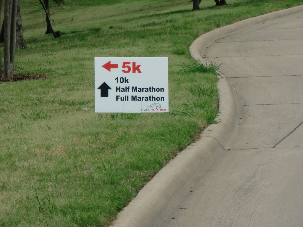irving marathon signs.jpg