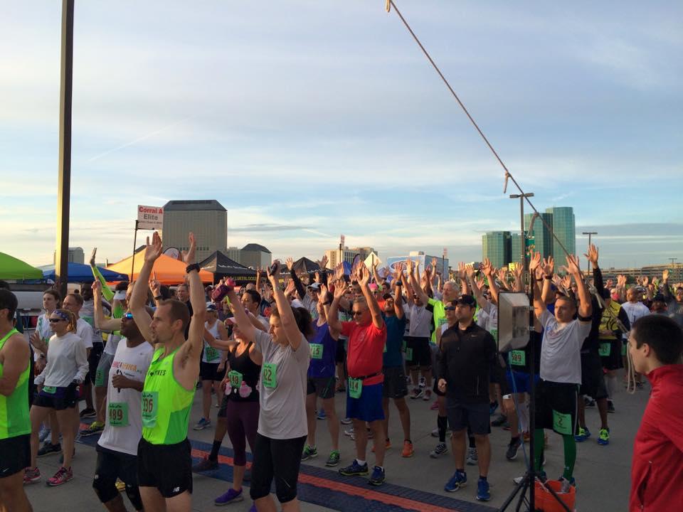 runners starting line2 2017.jpg