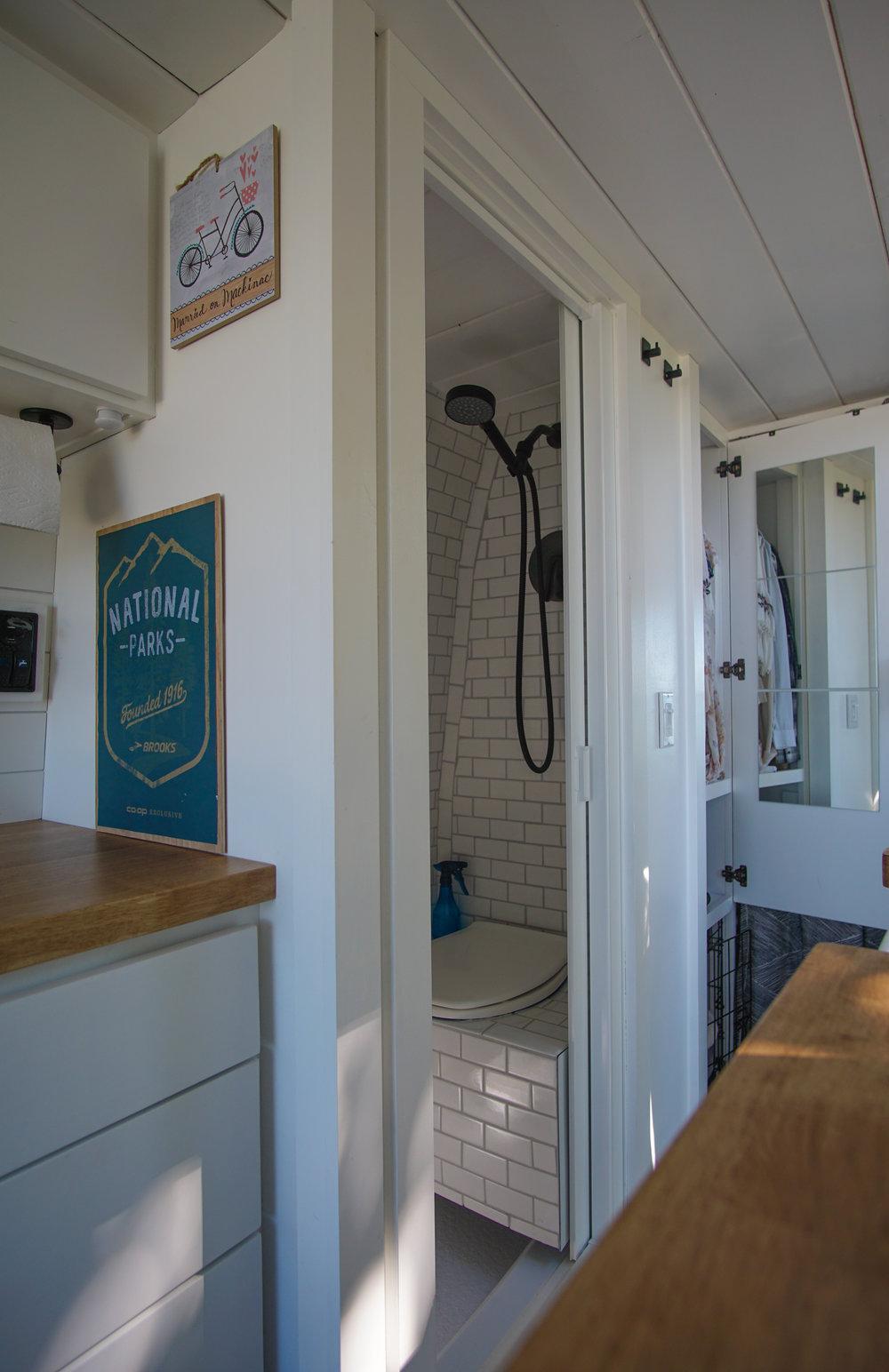 shower-closet open.jpg
