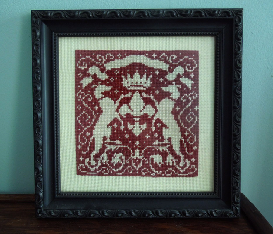 Red Dog Crosstitch - Lisa Zador