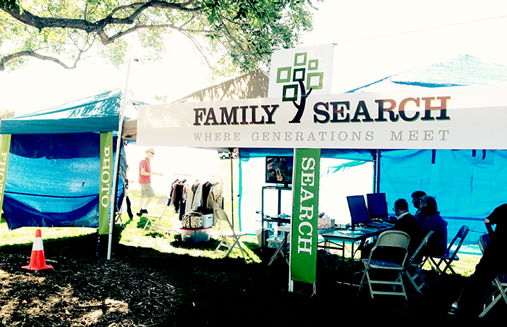 familysearchbooth2.png