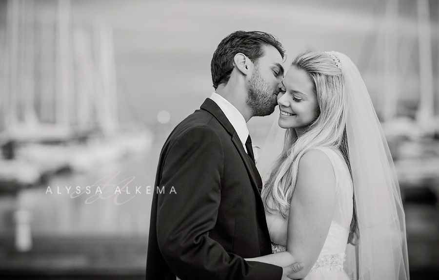 Alex Kate Beautiful Oakville Waterfront Wedding At Compass Restaurant Alyssa Alkema