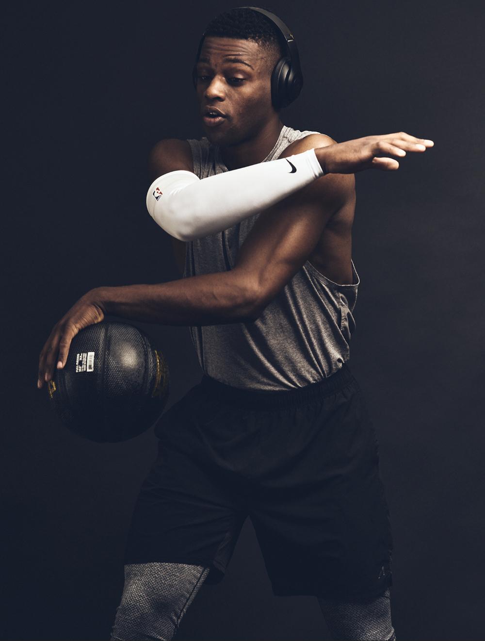 Everett_Aaron_Okayama_Basketball42.jpg