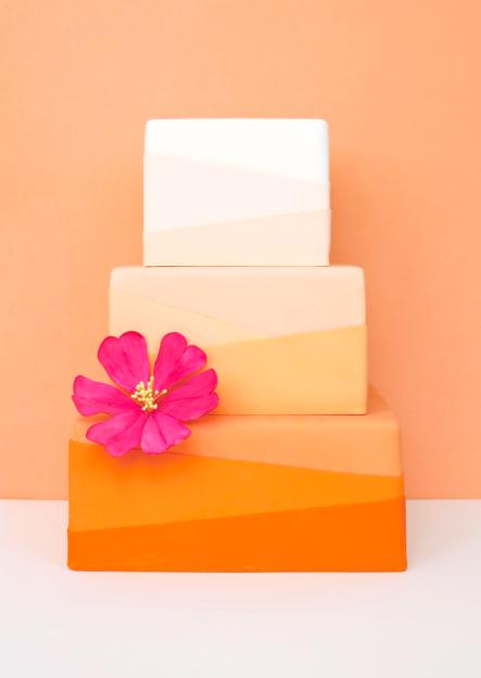 eatcakebemerry_modern_orange_ombre_cake.jpg