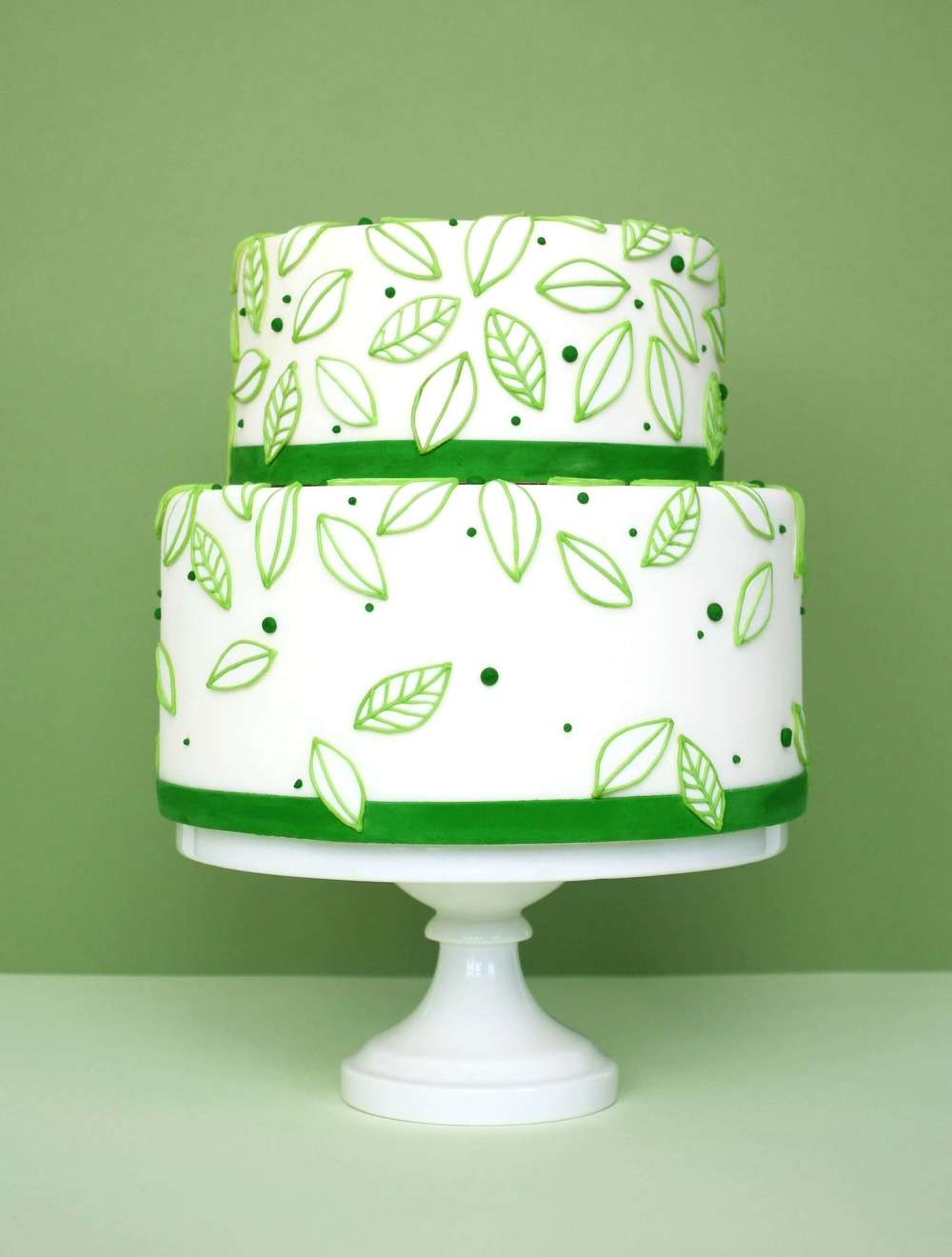 eatcakebemerry_modern_leaves_cake.jpg