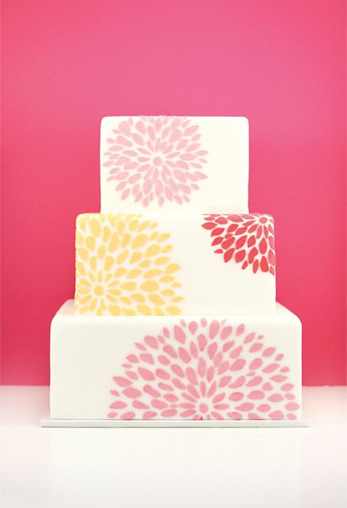eatcakebemerry_modern_chrysanthemum_cake.jpg