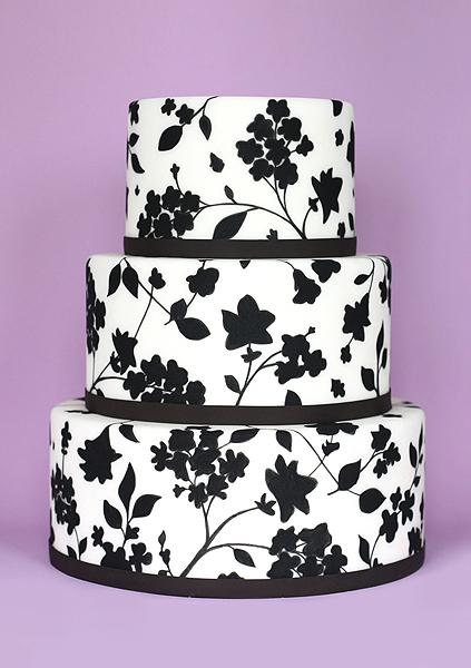 eatcakebemerry_handpainted_floral pattern_cake.jpg