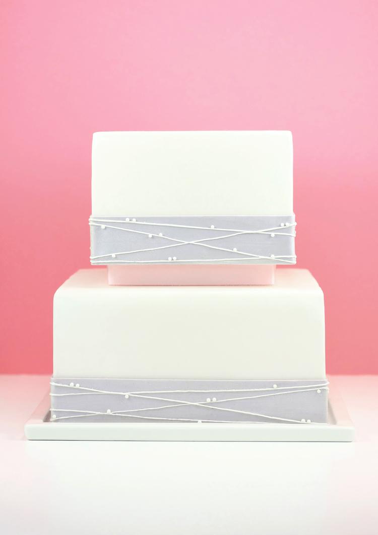 eatcakebemerry_pink_silver_crisscross_cake.jpg