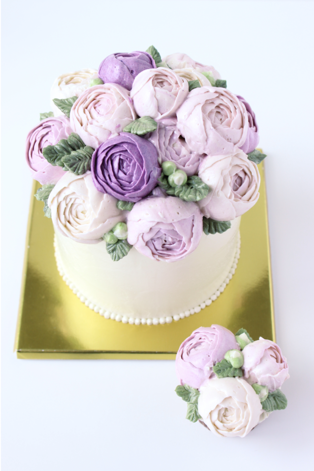 eatcakebemerry_purple flower_buttercream_cake_2.png