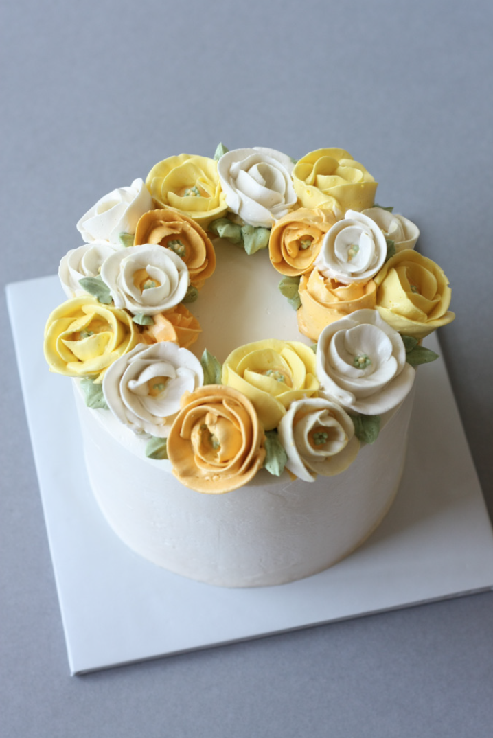 Buttercream poppy flower cake