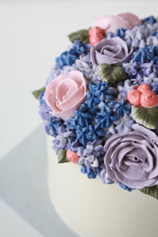 eatcakebemerry hydrangea cake angle.jpg